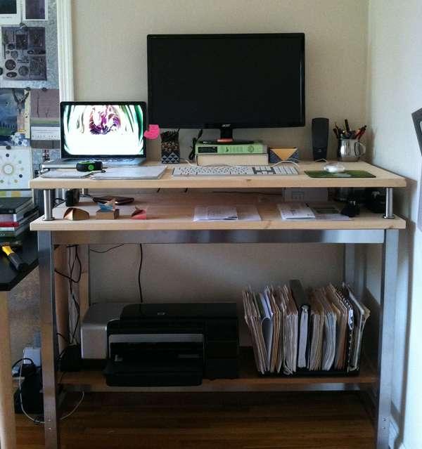 4 astuces pour se fabriquer un bureau debout moindre co t stimul. Black Bedroom Furniture Sets. Home Design Ideas